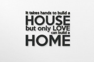 It Takes Hands To build a HOUSE... - napisy na ścianę