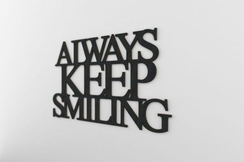 always-keep-smiling-napis-na-sciane-manufaktura-moderat-07.jpg