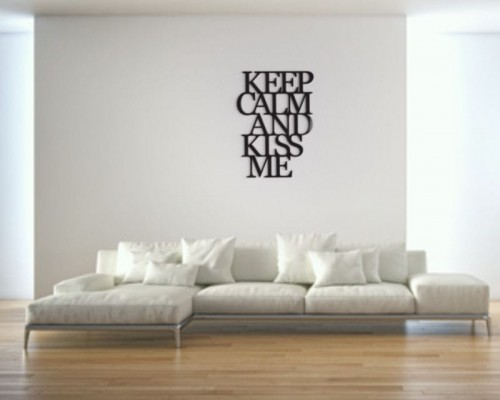 keep-calm-and-kiss-me-napis-3d-na-sciane-manufaktura-moderat-02.jpg